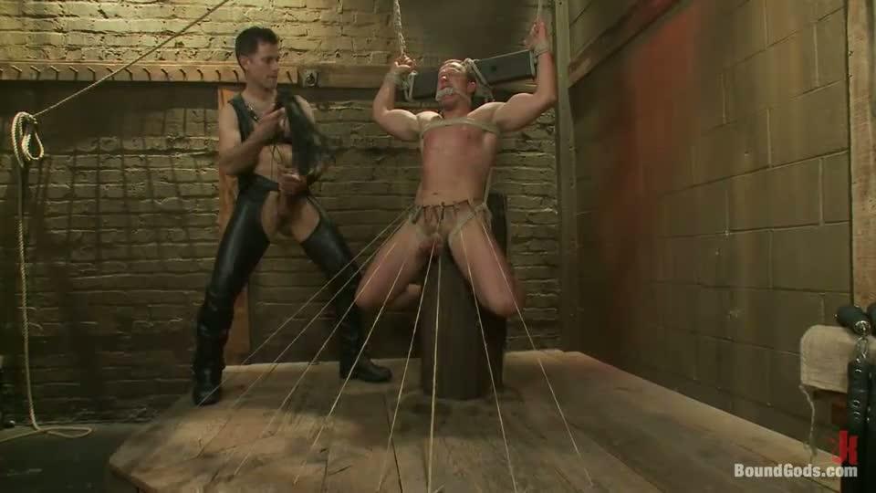 Sub slave cum rewarded after opening legs to bondage fuck 7